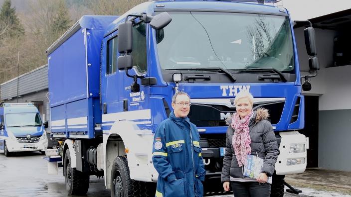 Anke Fuchs-Dreisbach zu Besuch beim THW