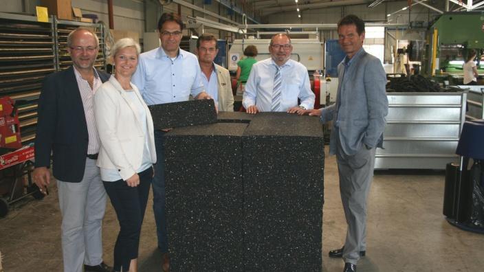 Die Abgeordneten Fuchs-Dreisbach, Klein und Liese zu Gast bei der Firma BSW