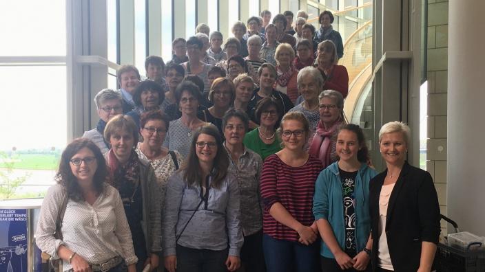 Anke Fuchs-Dreisbach empfängt die Landfrauen Bad Berleburg